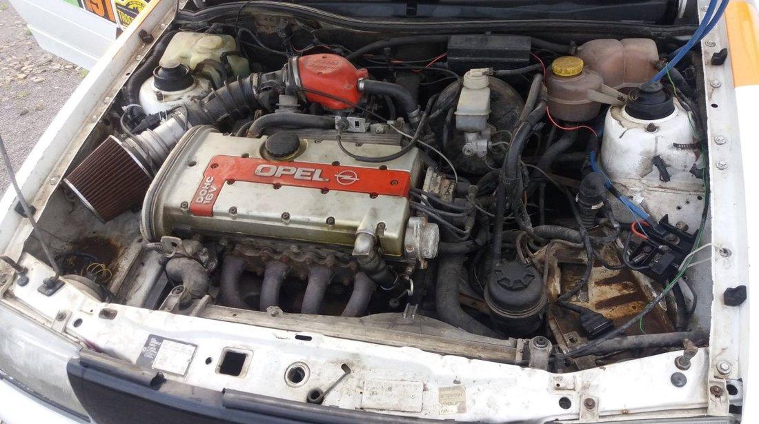 Opel Astra 2.0 GSI 1994