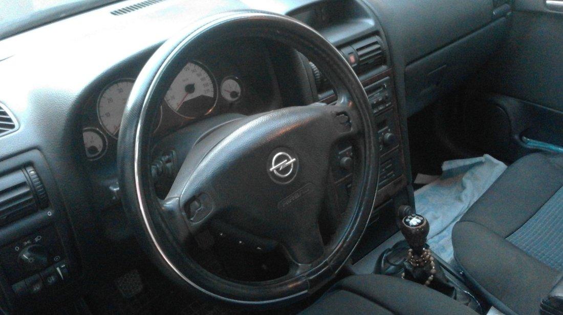Opel Astra 2000 TDI 2002