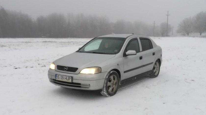 Opel Astra benzina 1.6 8 v 2003