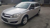 Opel Astra Benzina 2010