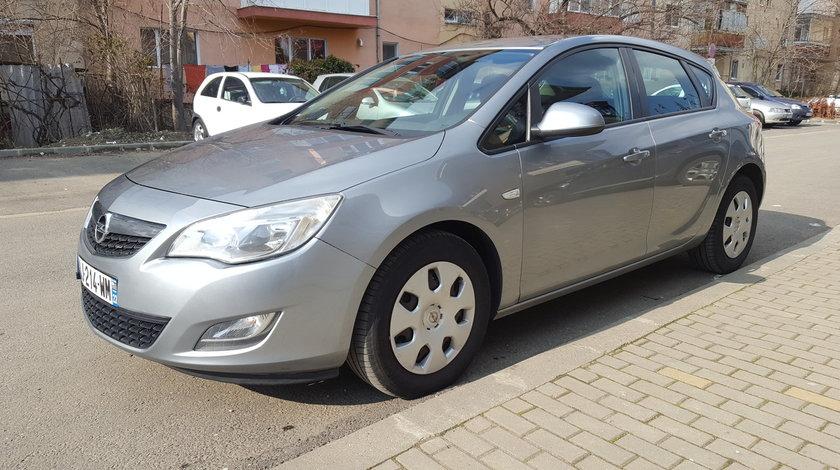 Opel Astra ELEGANCE 1.7 EURO5 2011