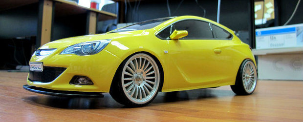Opel Astra GTC - cadoul primit de la Opel Romania