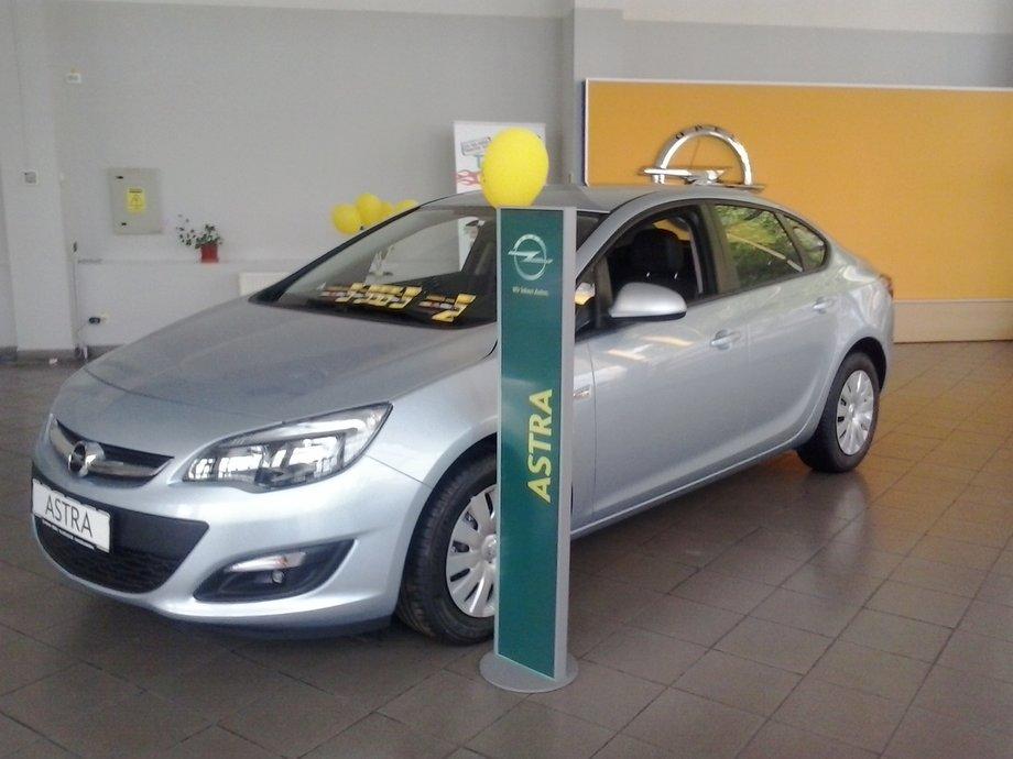 Opel Astra J / 1.4 turbo / 140 cp