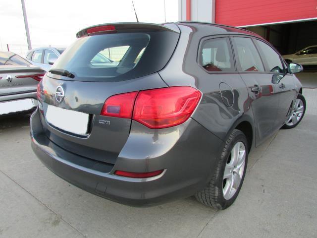 Opel Astra J Sports Tourer Enjoy 1.7 CDTI 110 CP M6 2012