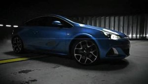 Opel Astra OPC - Video Oficial