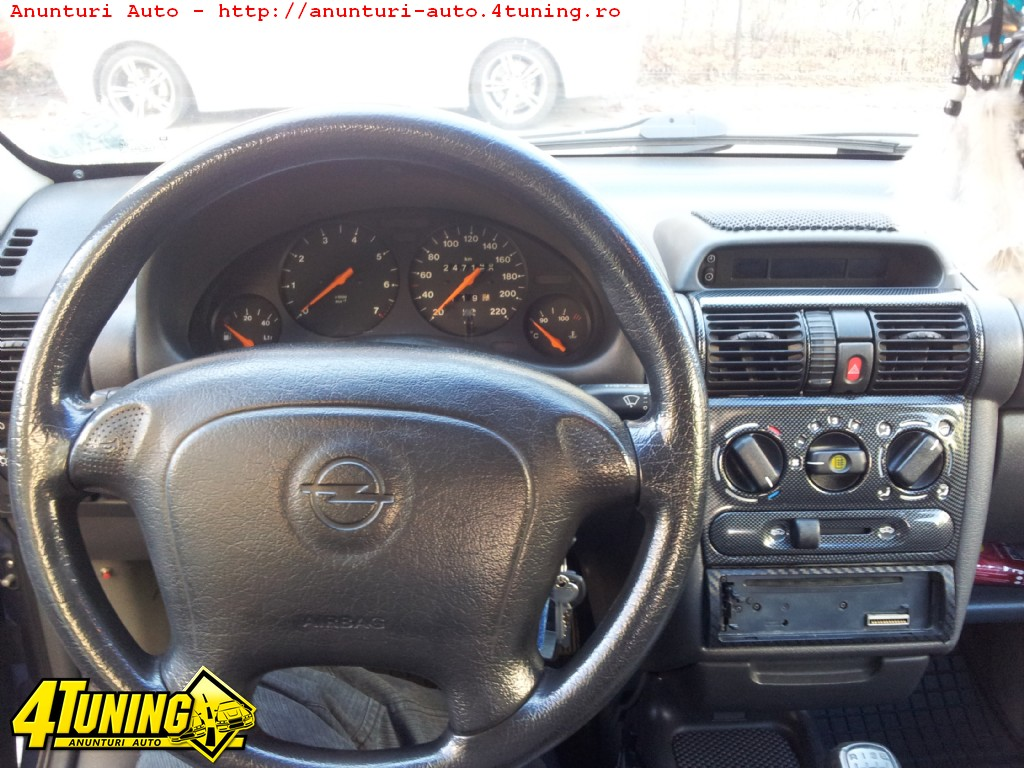 Opel corsa b 1 4 87087 for Opel corsa b interieur