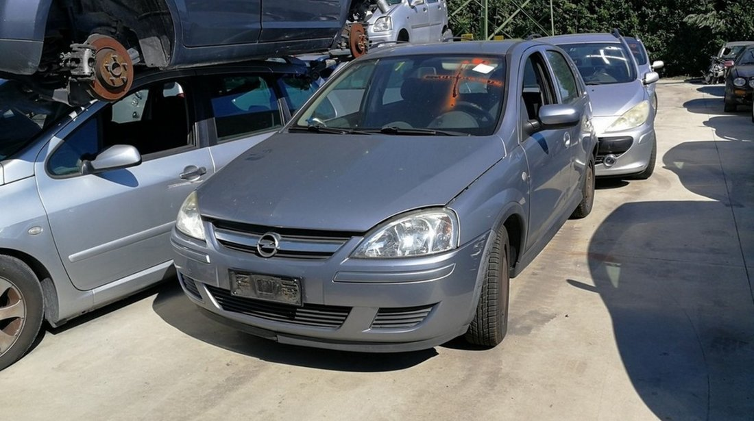 Opel Corsa C facelift (dezmembrari auto)