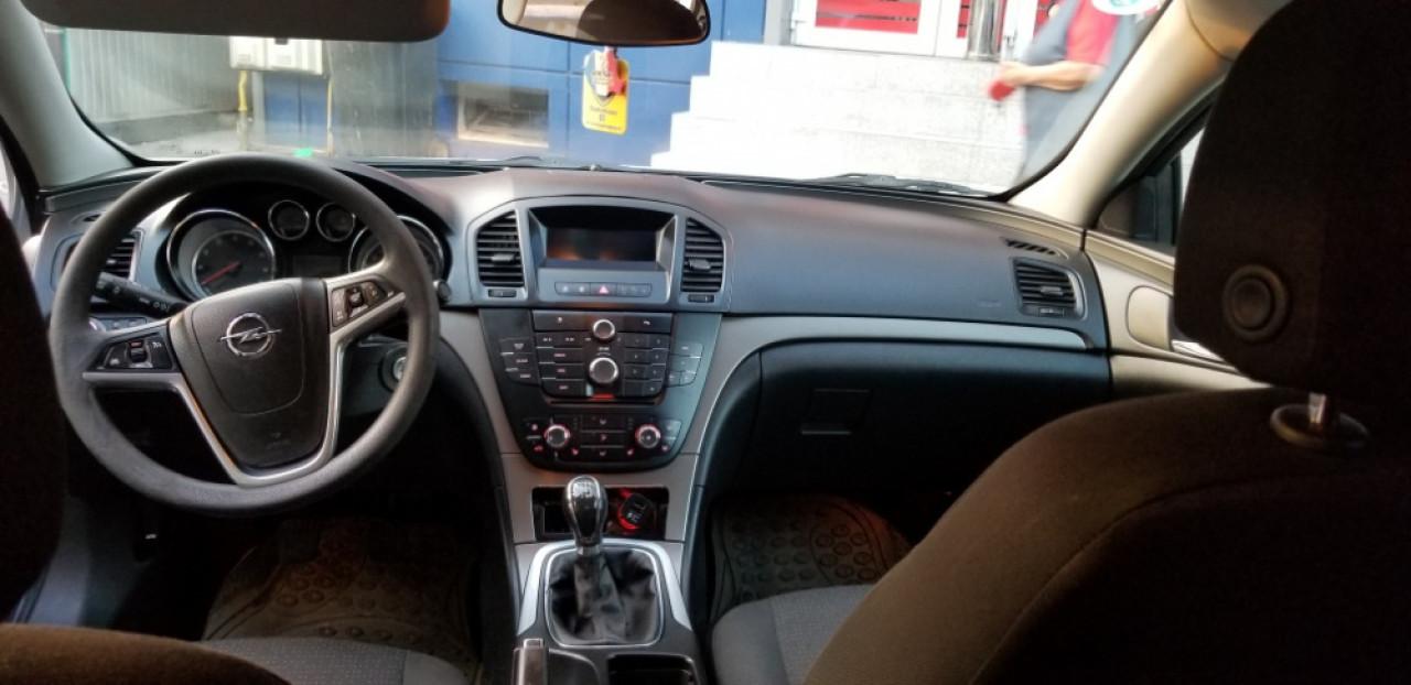 Opel Insignia 1600 2012