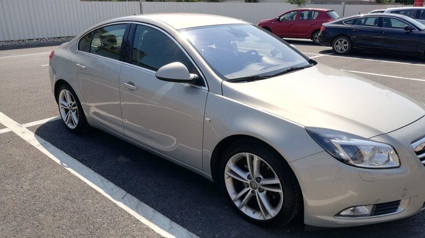 Opel Insignia A 16 LET 2011