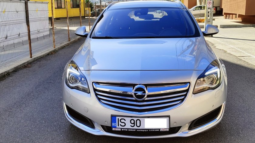Opel Insignia sport tourer 2.0 diesel full options an fab. 2015