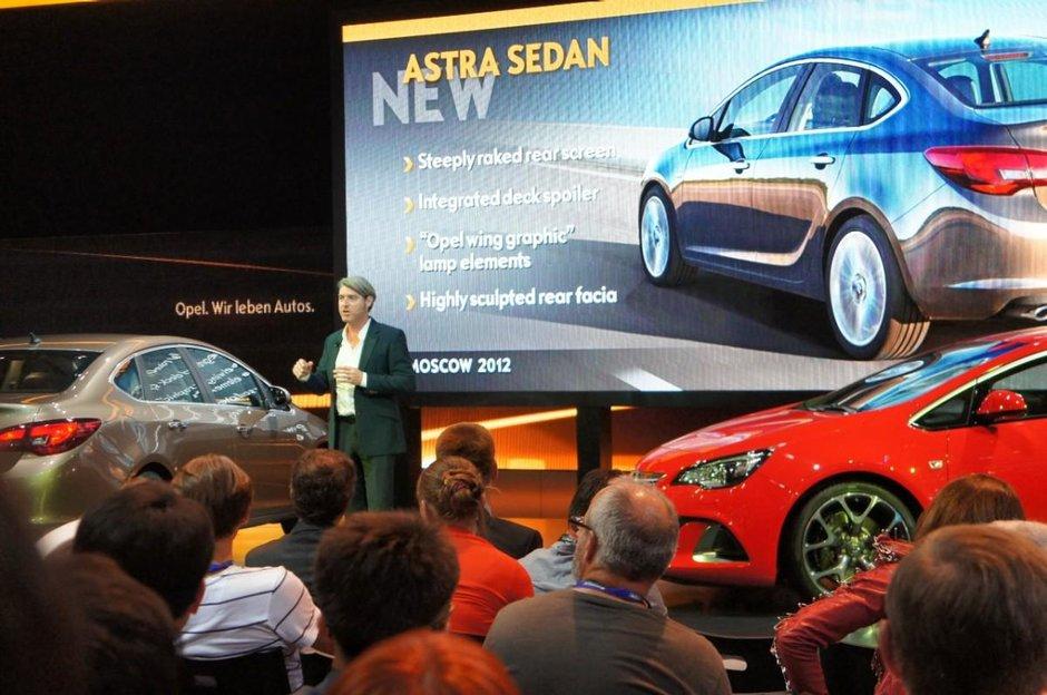 Opel lanseaza urmatoarea faza a ofensivei de produs din Rusia