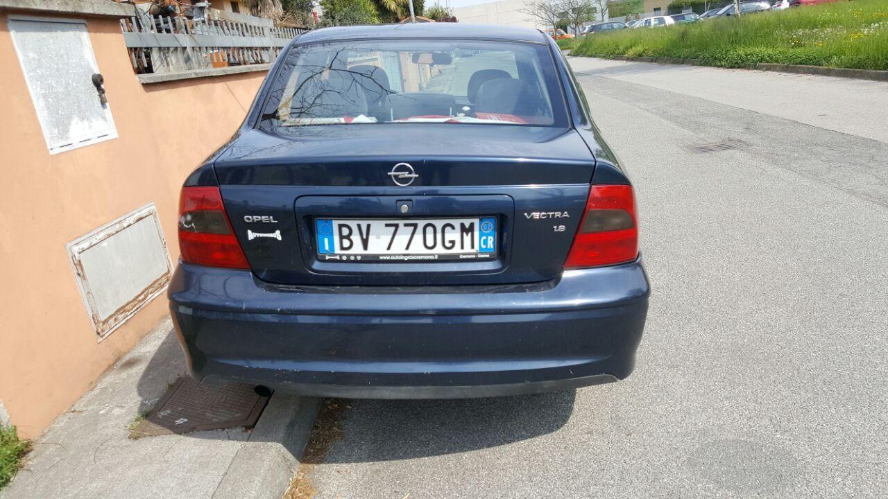 Opel Vectra 1.8 2002