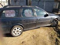 Opel Vectra 2,2 2001