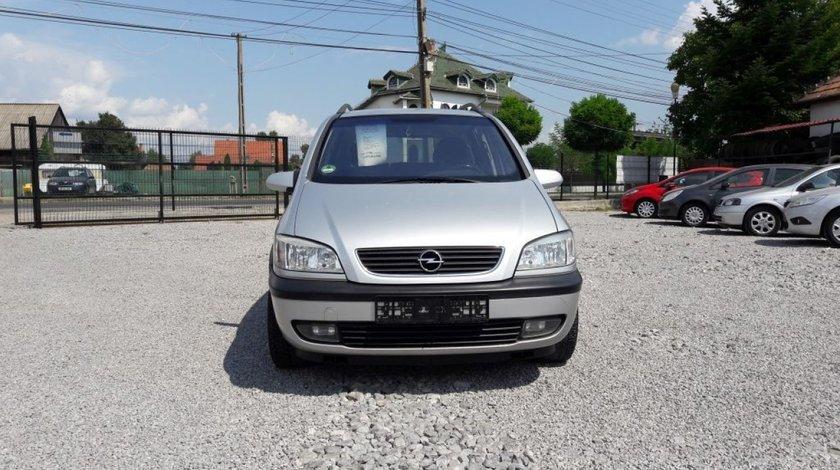Opel Zafira 1.6 i 2002