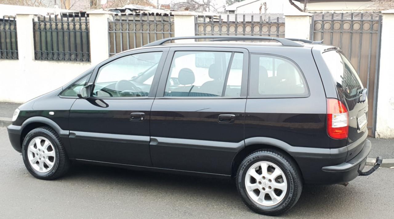 Opel Zafira 1,8 benzina 2004