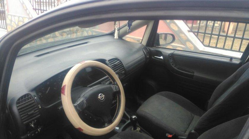 Opel Zafira 2000 2001