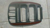 Ornament bord Chrysler Voyager