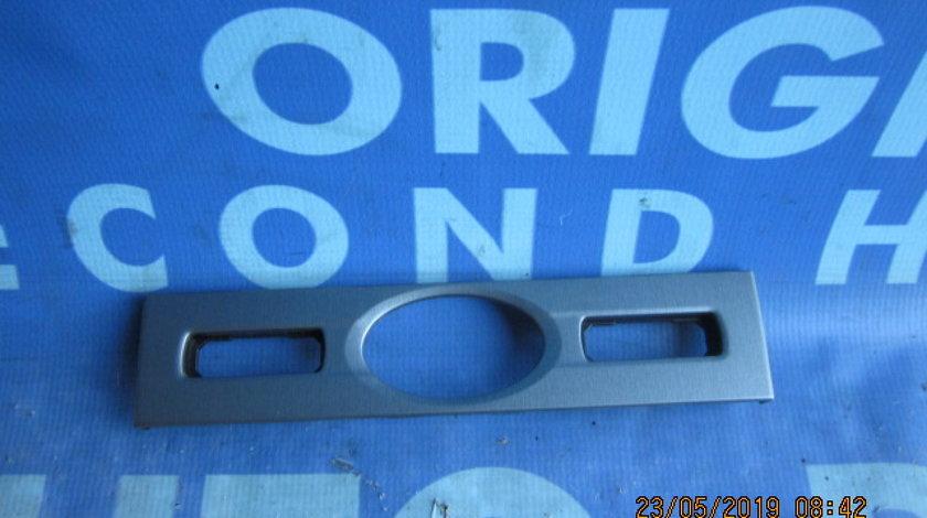 Ornament bord Ford Mondeo; 4S71F044K08 (trim)