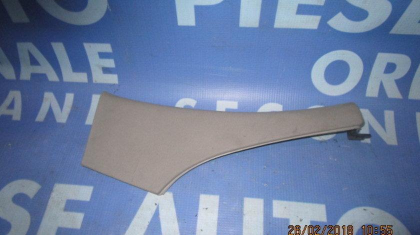 Ornament bord Mercedes E240 W211 ; 039711321 // 039711322 (consola)