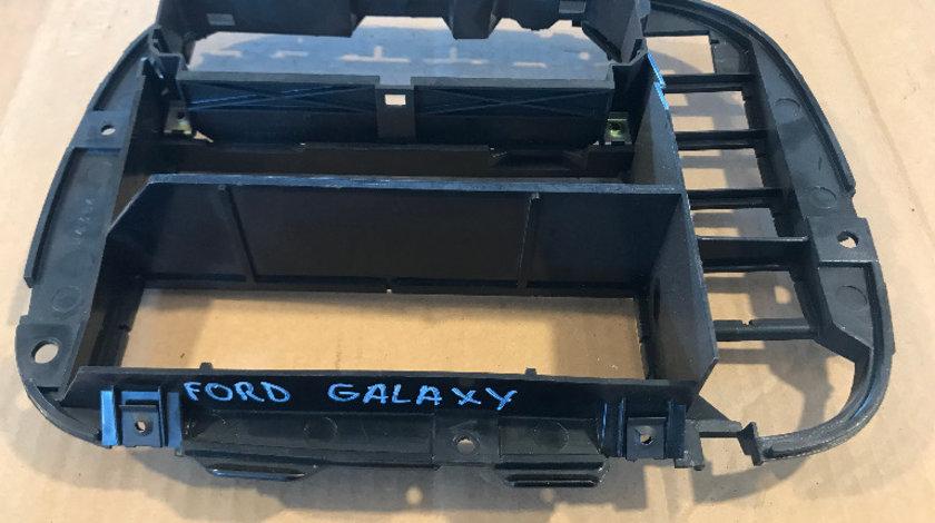 Ornament consola centrala plansa bord ford galaxy 1995 - 2000 cod: 7m0858089