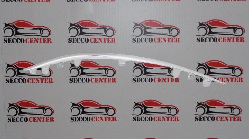 Ornament crom bara fata Mercedes C Class W205 2014 2015 2016 2017 2018 superior stanga
