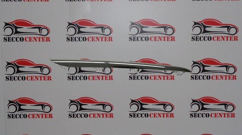 Ornament crom grila radiator Mercedes A Class W176 2012 2013 2014 2015 stanga