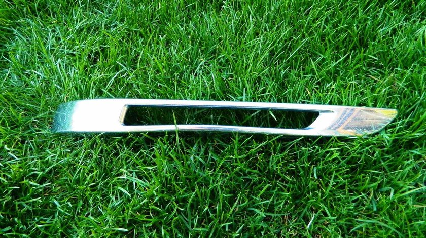 Ornament crom stanga led Mercedes GLK X204 cod A2048853374