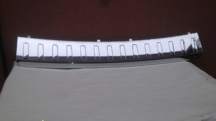 Ornament crom superior bara spate mercedes ml w166 2012