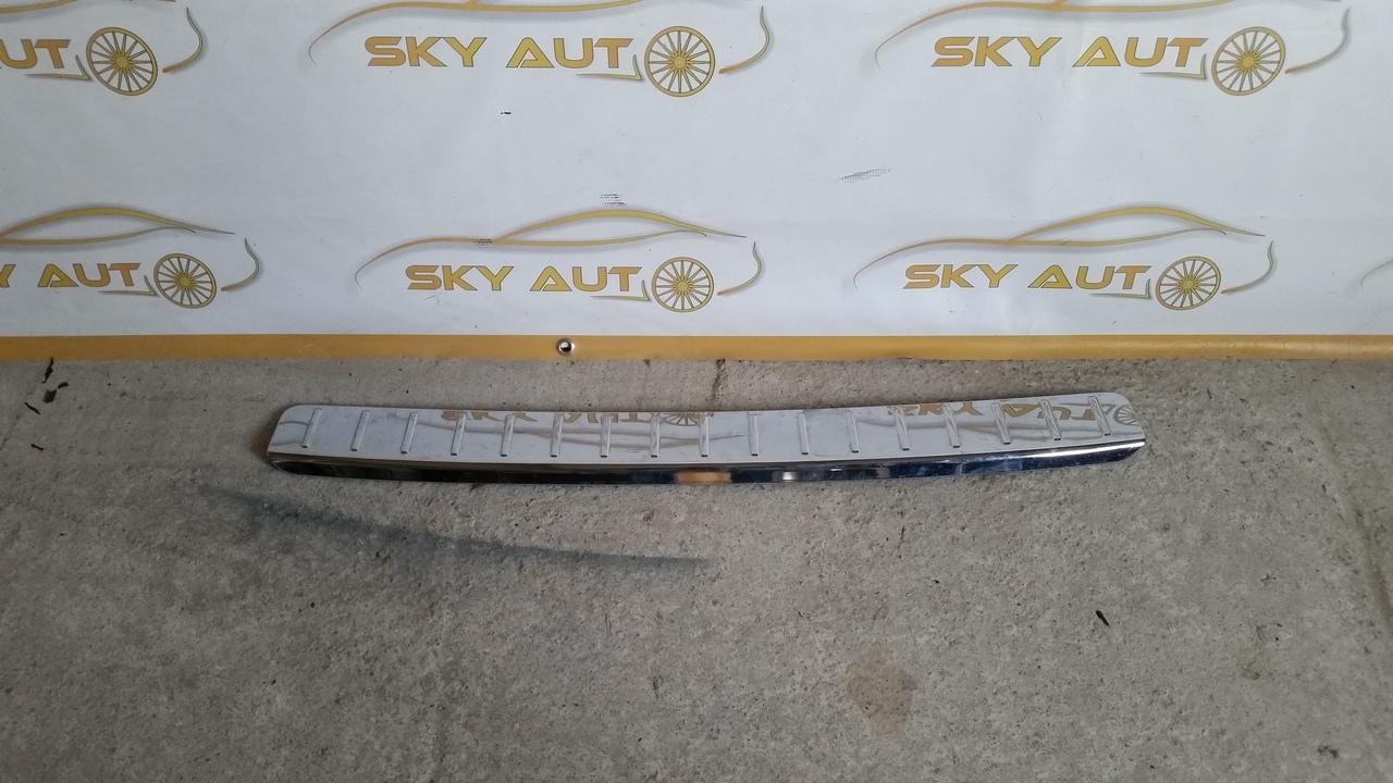Ornament cromat bara spate Mercedes GL dupa 2009 cod A1648800211