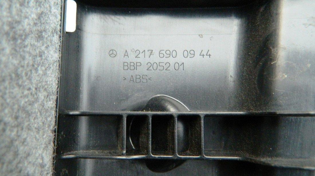 Ornament interior panou spate portbagaj Mercedes S-Class C63 AMG W217 cod A2176900944