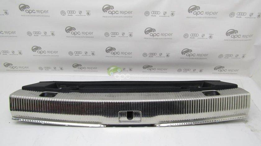 Ornament portbagaj Audi Q3 8U - Cod: 8U0864483L