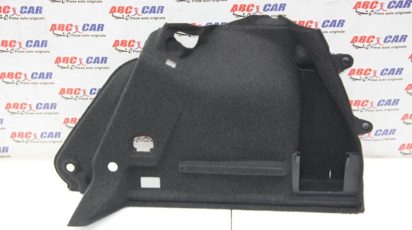 Ornament portbagaj stanga VW Golf 7 2014-2020 hatchback 5G6867427H