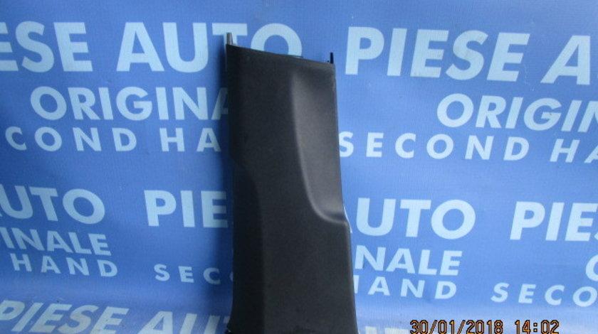 Ornament stalpi VW Passat B6 ;  3C0867291 // 3C0867292