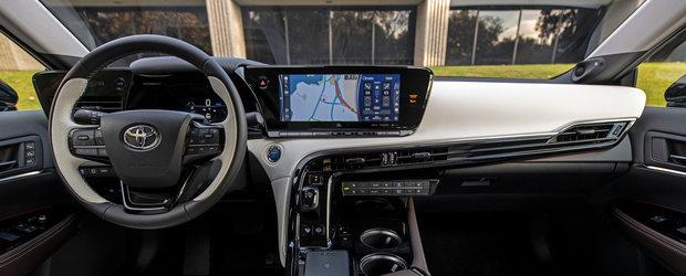 OZN, frate! Cea mai noua masina de la Toyota arata ca o farfurie zburatoare! Japonezii au publicat acum lista oficiala de preturi