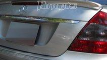 Pachet eleron si pleoapa luneta Mercedes Benz W211...