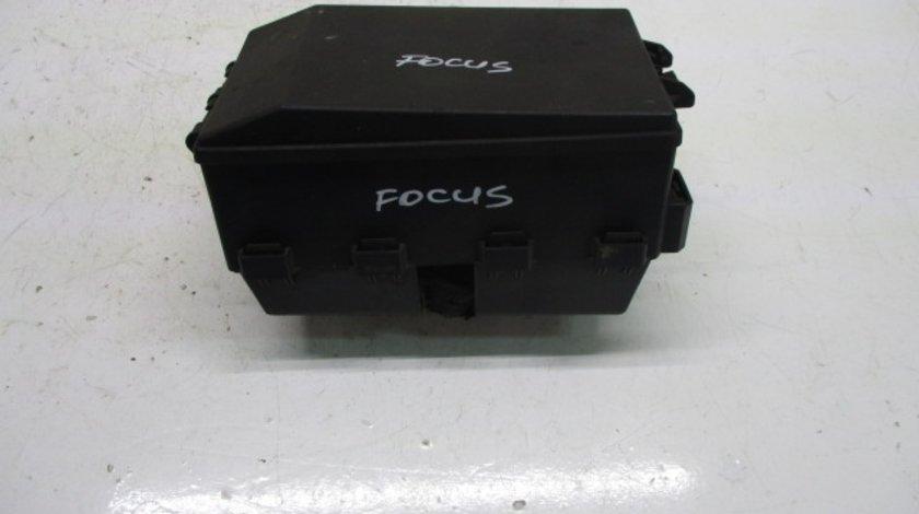 PANOU / BLOC SIGURANTE / RELEE 518276100 / 2M5T-14A067-BB FORD FOCUS 1 1.8 TDCI 1998 - 2005 ⭐⭐⭐⭐⭐
