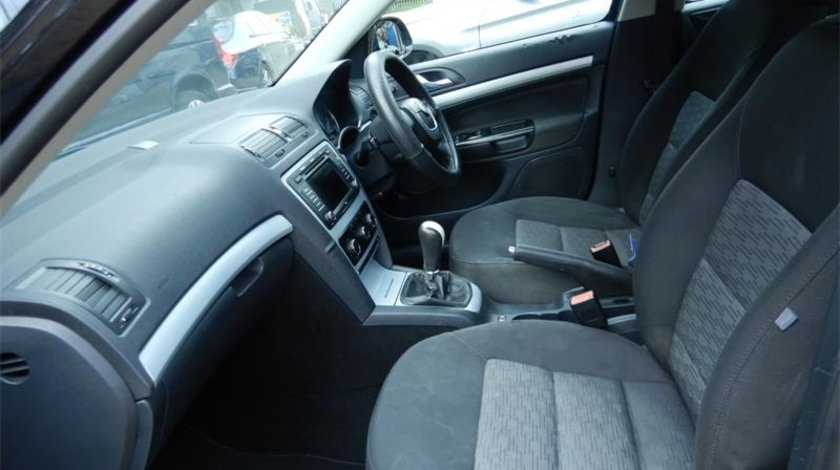 Panou comanda AC clima Skoda Octavia II 2009 Hatchback 1.9