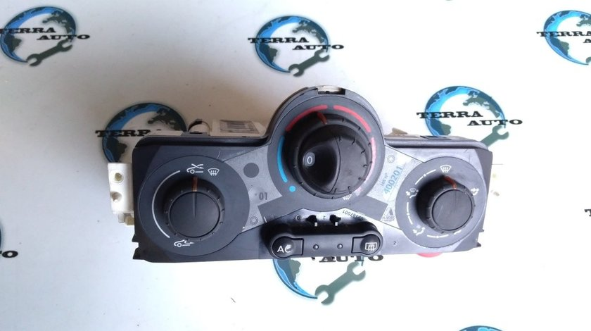 Panou comanda AC Renault Megane 2 cod 69587003