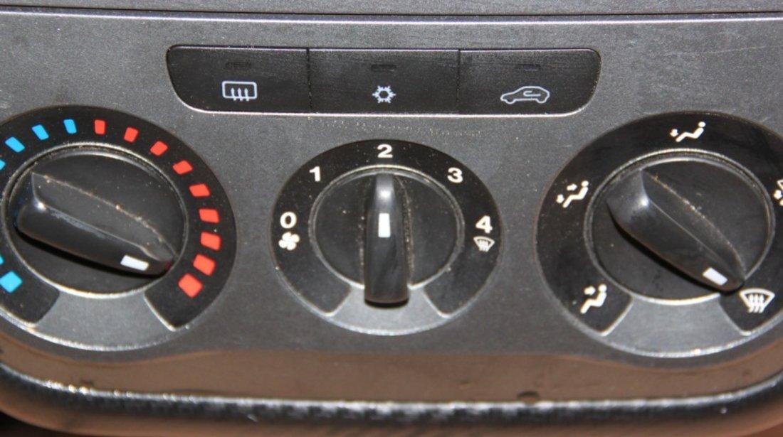 Panou comanda clima Fiat Grande Punto cod: 7354845220 model 2008