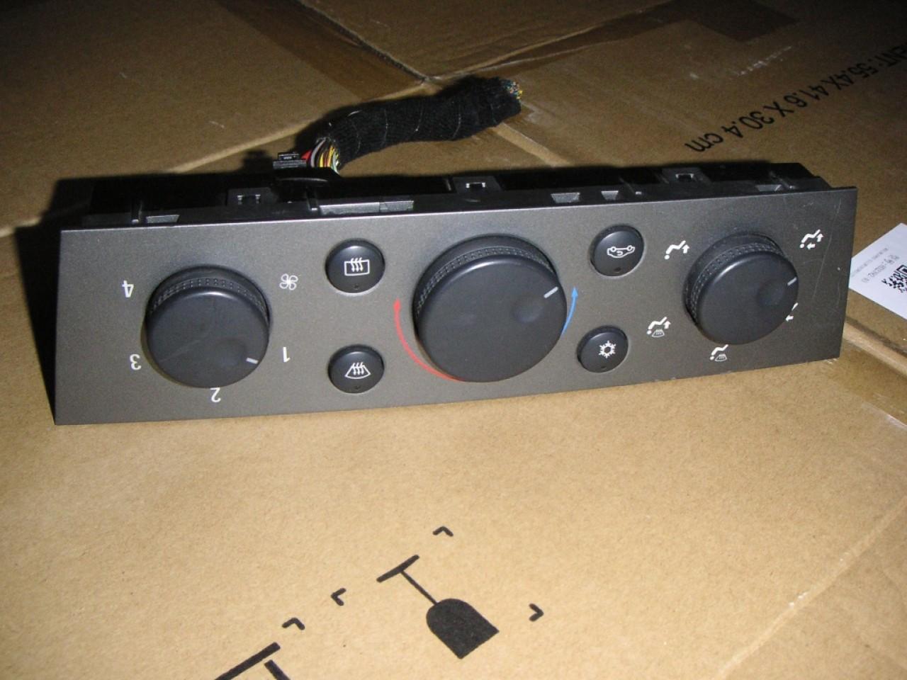 Panou comanda climatizare cu AC Opel Vectra C (2002-2008) cod 13138190