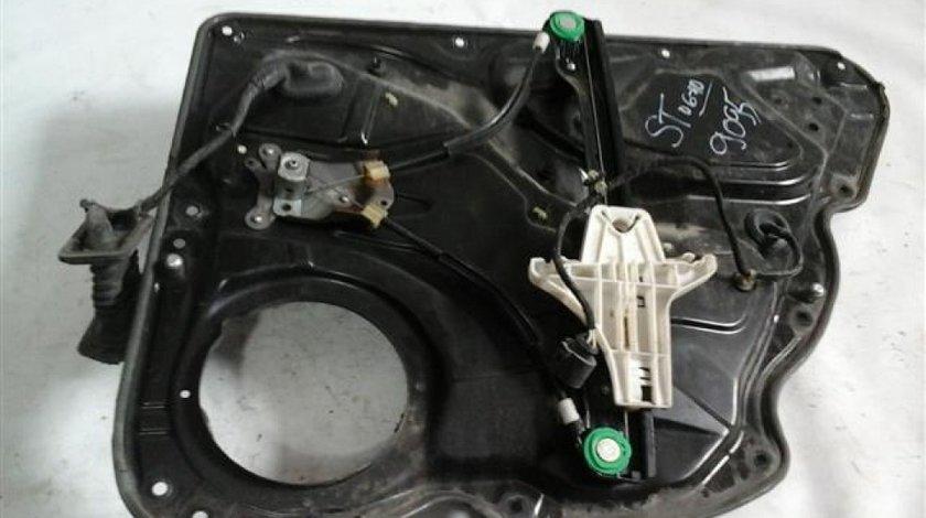 Panou usa cu macara geam manuala si instalatie electrica stanga spate VW Passat 3C an 2006-2010 cod 3C4839755