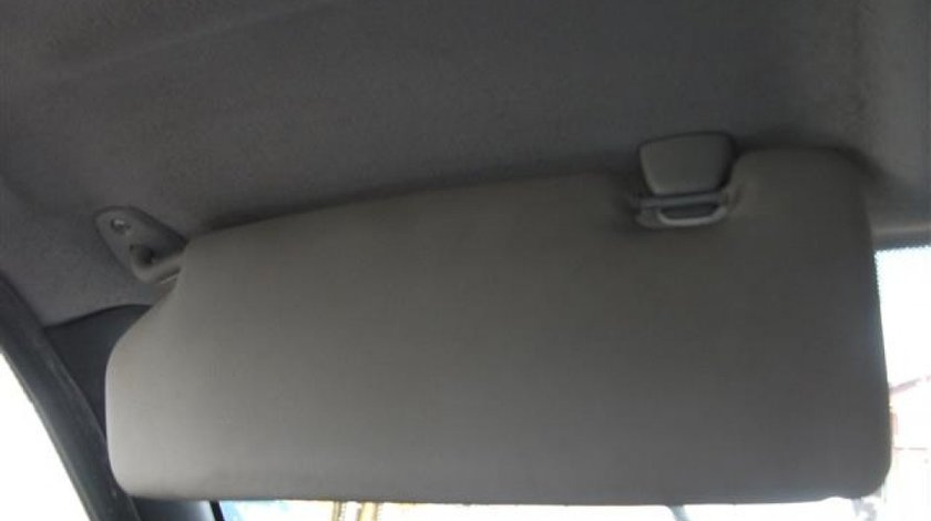Parasolar stanga Ford Fiesta An 2000