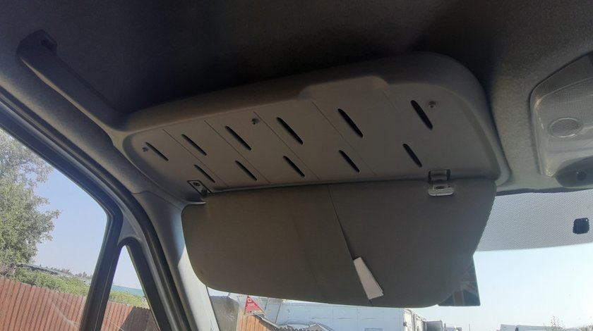 Parasolare Volkswagen Crafter 2013 Duba 2.0 TDI