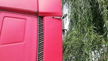 Paravanturi cabina stanga + dreapta sus Iveco Stra...
