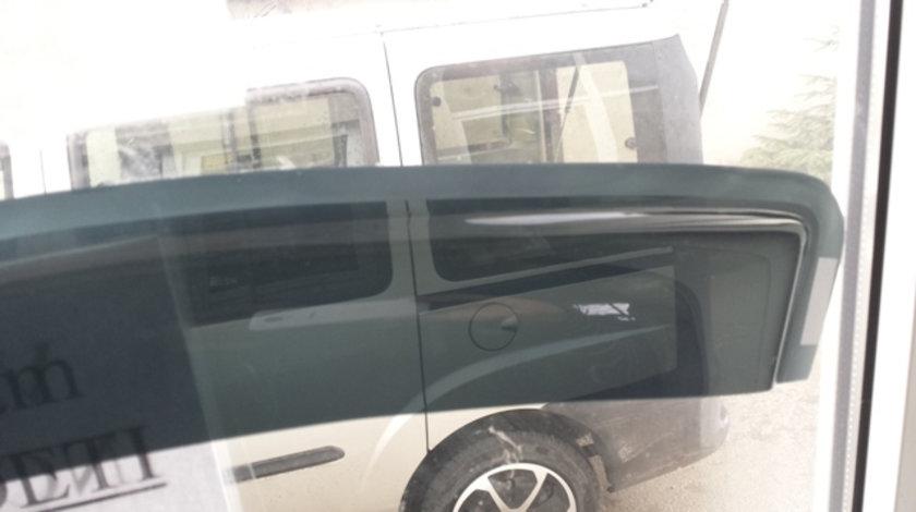 Paravanturi Ford Transit 2000 - 2012 negru