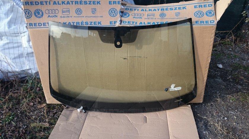 Parbriz incalzit VW Passat B8 (2015-2018)