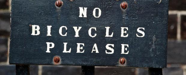 Parcarea de biciclete la metrou, o necesitate uitata