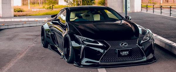 Pare venit de pe alta planeta. Asta trebuie sa fie cel mai agresiv Lexus LC500 din lume
