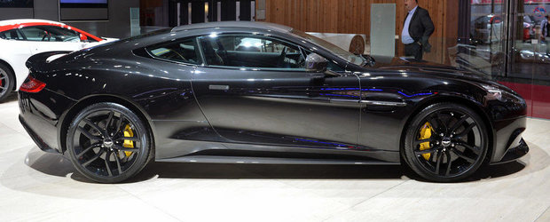 Paris 2014: Aston Martin Vanquish Carbon Edition readuce negrul la moda