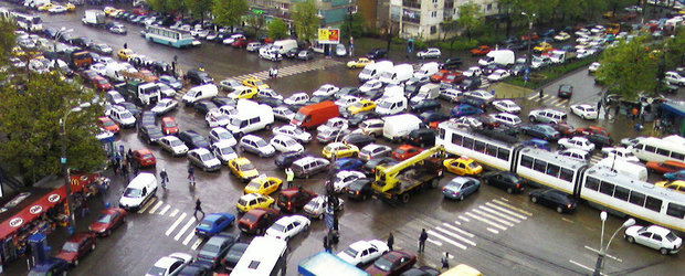 Pe tocuri la volan: cand ploua in Bucuresti...
